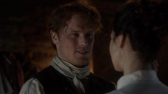 Jamie sorride a Claire