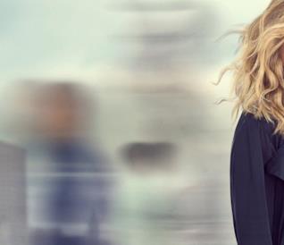 Meredith nel poster di Grey's Anatomy 16