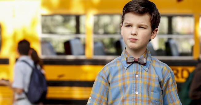 Un'immagine del protagonista della serie TV Young Sheldon