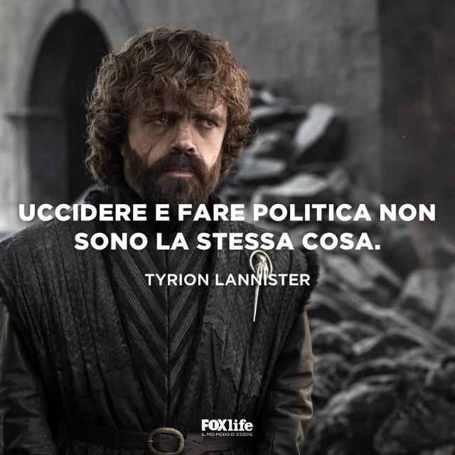 Tyrion Lannister con espressione seria