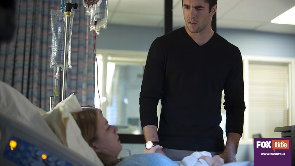 Daniel affronta Emily, rivelandole che renderla sterile è stata una delle cose migliori che abbia mai fatto.