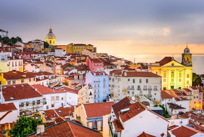 Case colorate a Lisbona