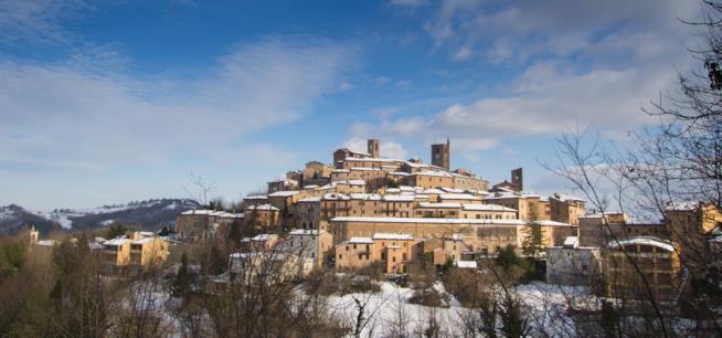 Sciare nelle Marche, vicino al paese di Sarnano