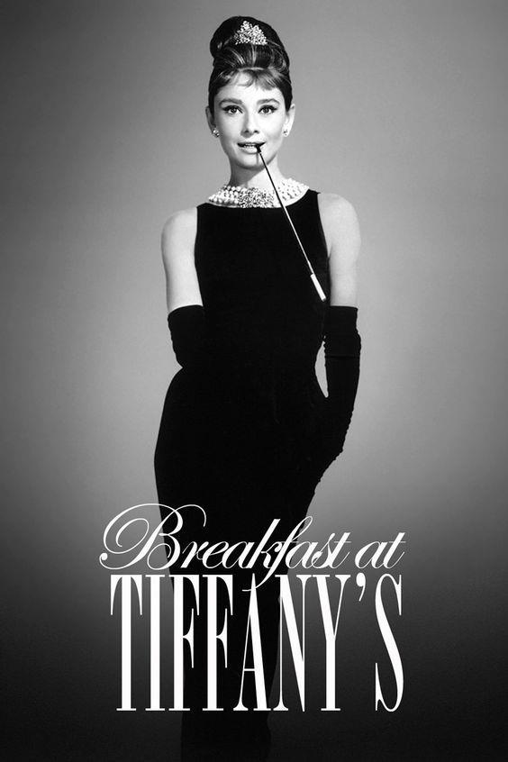 Il manifesto del film Colazione da Tiffany con Audrey Hepburn