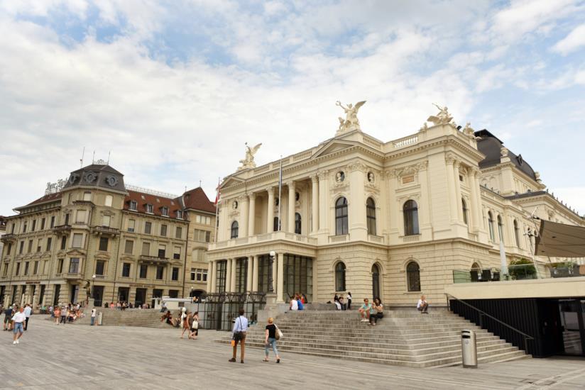 L'Opernahaus di Zurigo