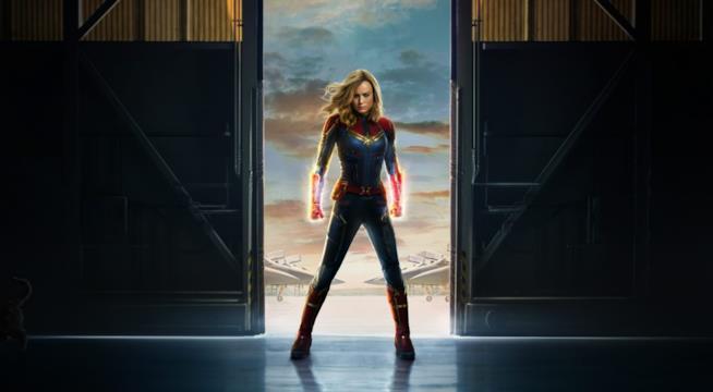 Il poster di Captain Marvel
