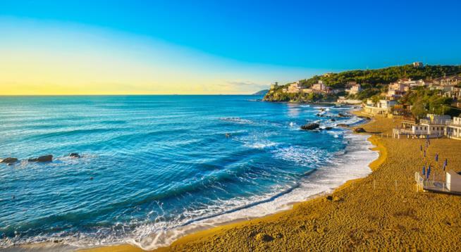 Una delle spiagge di Castiglioncello