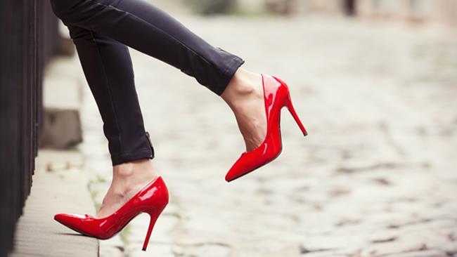 new arrival fe314 8828b Red Shoe Diaries: scarpe rosse per le donne dallo stile audace