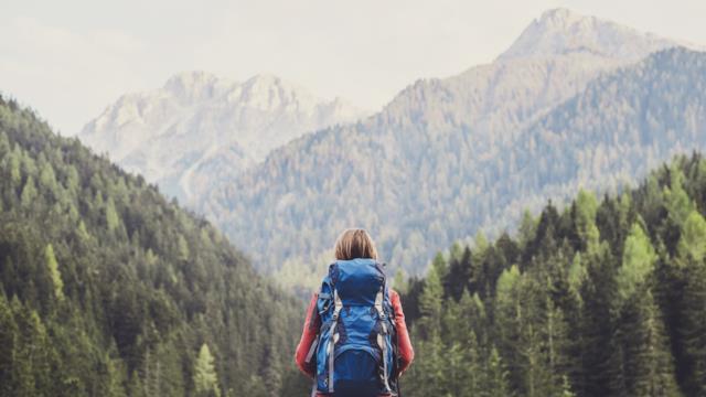 Vivere la montagna - cover