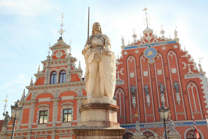 La Piazza del Municipio di Riga, in Lettonia