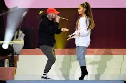Ariana Grande canta con mac Miller al concerto di Manchester