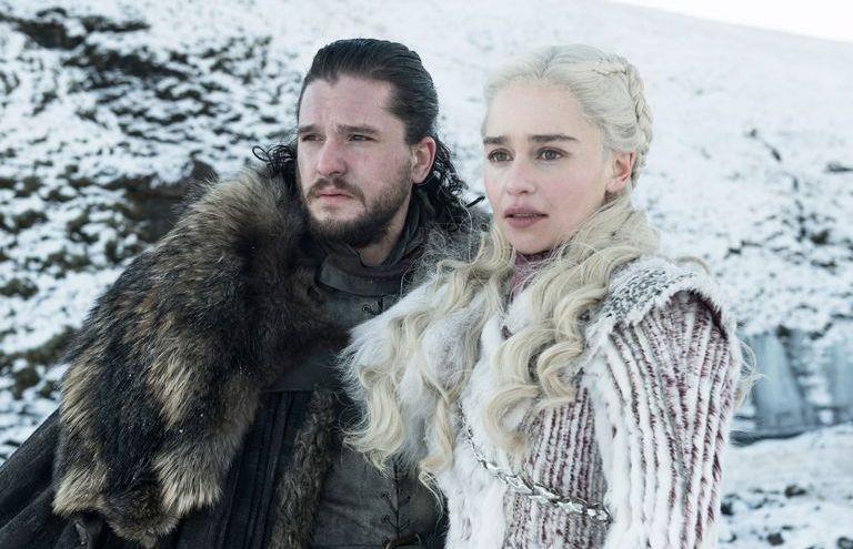 Jon Snow e la Khaleesi in Game of Thrones 8
