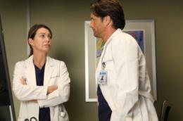 Ellen Pompeo e Martin Henderson in una scena di Grey's Anatomy