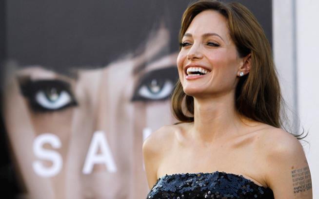 Angelina Jolie alla premiere di Salt