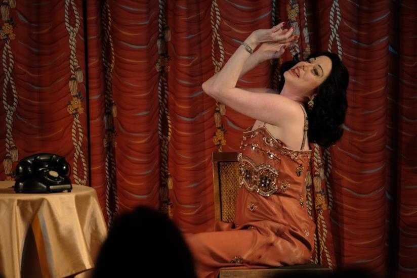Una scena dello spettacolo ispirato a Hedy Lamarr