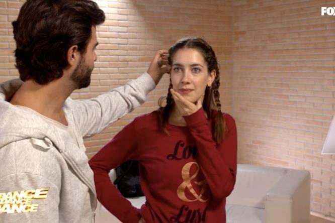 Clara e Diego in sala prove per l'ottava sfida