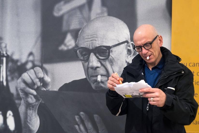 Il giovane Picasso: il regista del docufilm ritratto con il grande artista Pablo Picasso
