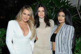Kendall Jenner e Khloé Kardashian con Kylie Jenner