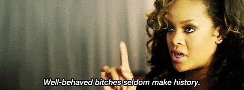 Rihanna parla delle donne usando una parolaccia
