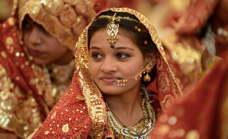 Una baby sposa indiana