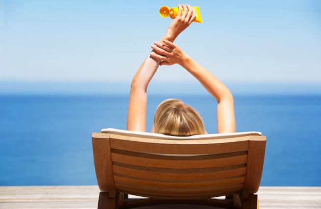 la crema solare ha il sapore dell'estate