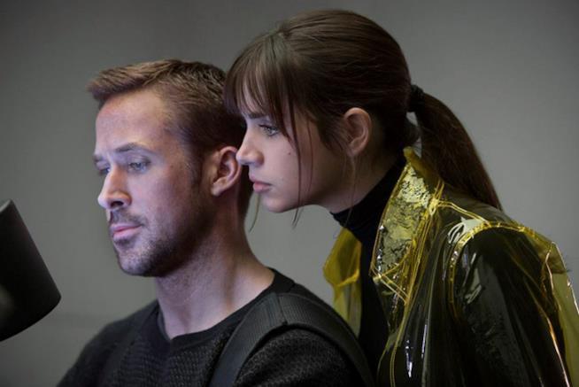 Una scena di Blade Runner 2049 con Ryan Gosling
