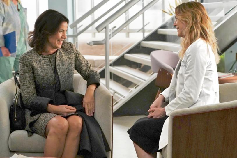 Una scena con Meredith e Marie Cerone in Grey's Anatomy 14