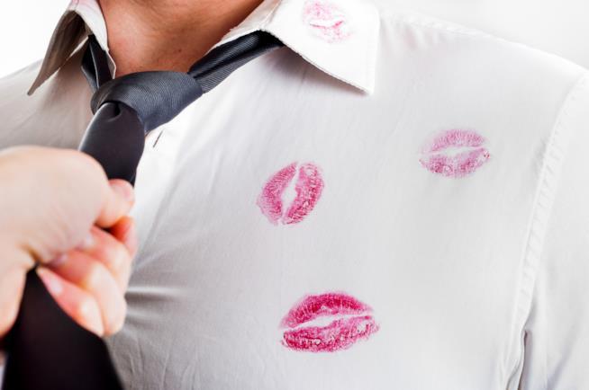 Il professionista del sesso aiuta affettivamente le donne dopo un divorzio