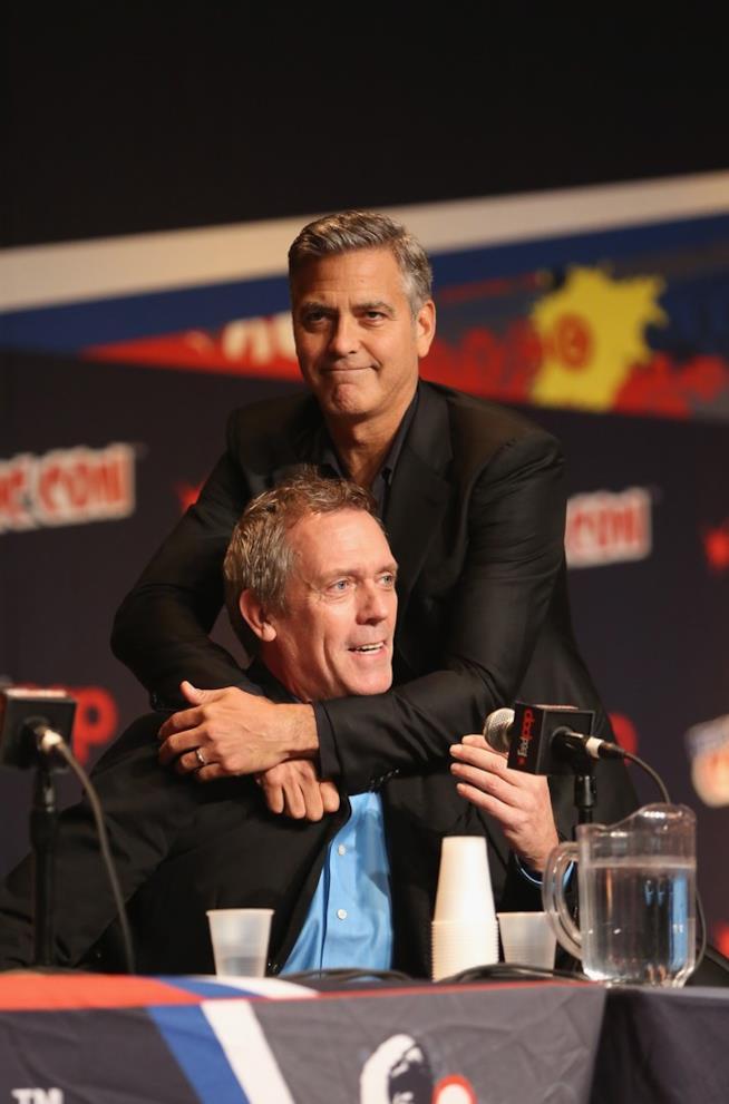 George Clooney e Hugh Laurie ad un panel del York Comic Con