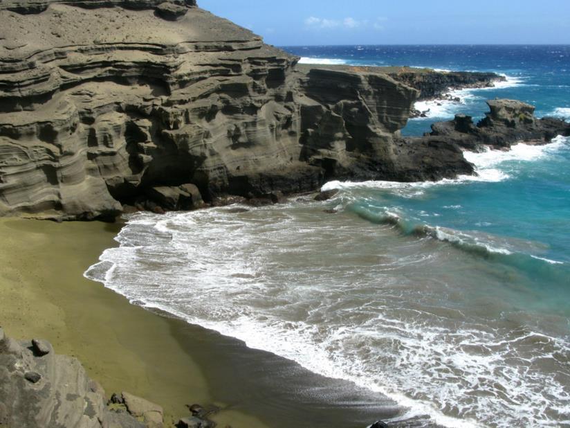 La spiaggia verde di Papakolea, nelle Hawaii