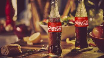 Due bottigliette di Coca-Cola