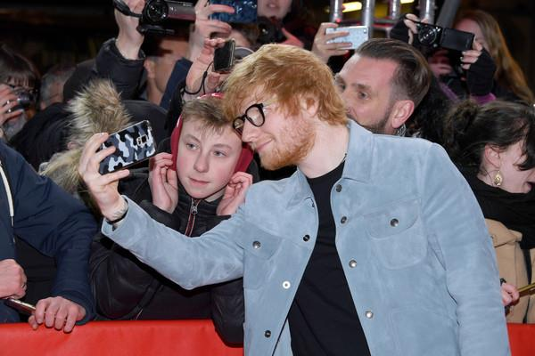 Selfie coi fan per Ed Sheeran