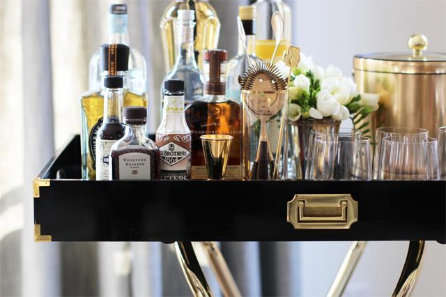 Tavolino da bar visto da vicino con tutti i dettagli
