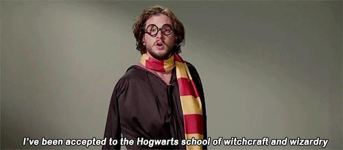 L'attore Kit Harington fa finta di essere Harry Potter