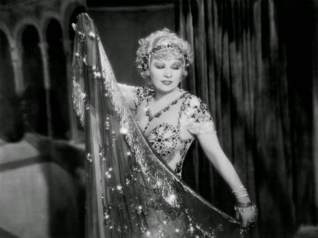 Mae West come Tira