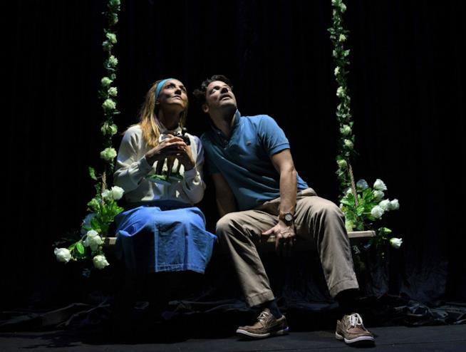 Ambra Angiolini e Matteo Cremon ne La Guerra dei Roses