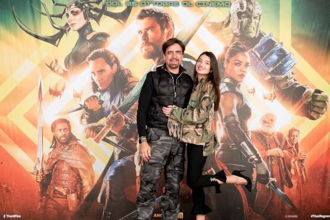 Valerio e Rebecca Staffelli all'anteprima milanese di Thor: Ragnarok