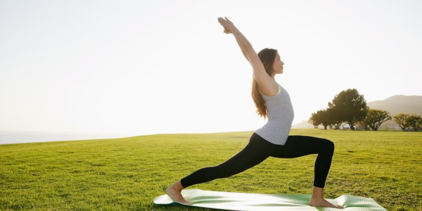 Un momento della pratica yoga