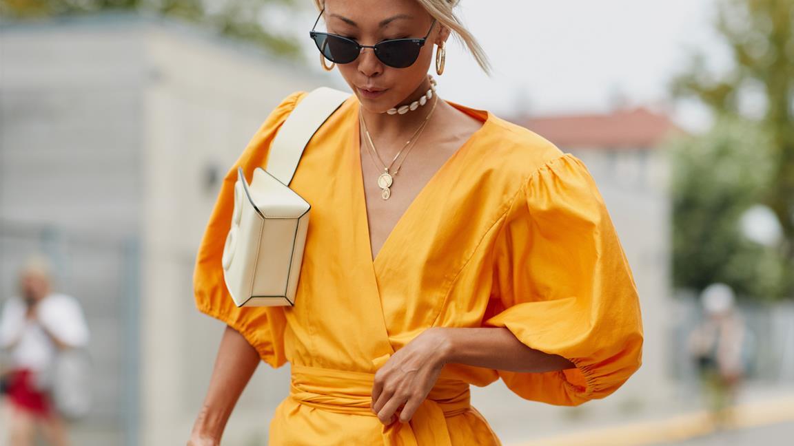 Outfit composto da maniche a sbuffo dallo Street Fashion Copenhagen P/E 2019