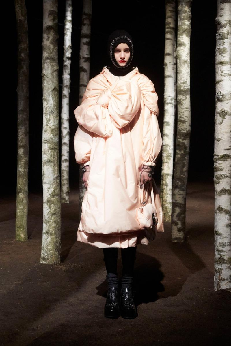 Sfilata MONCLER Collezione Donna Autunno Inverno 19/20 Milano - 93