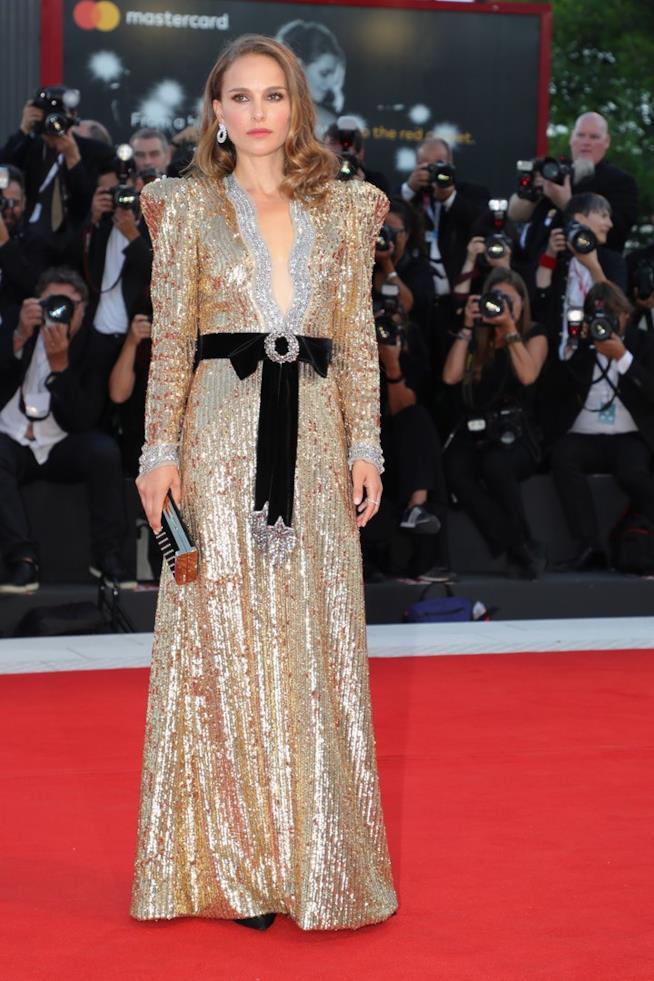 Natalie Portman sul red carpet di Venezia 75