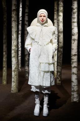 Sfilata MONCLER Collezione Donna Autunno Inverno 19/20 Milano - 91