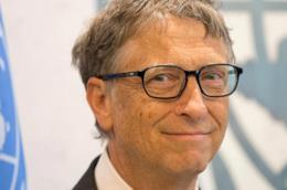 Un primo piano di Bill Gates