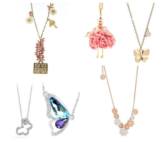 Pendenti e charmes di fiori e farfalle, le collane di tendenza P/E 2018