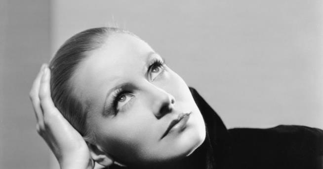 Una immagine di Greta Garbo e il suo make up perfetto
