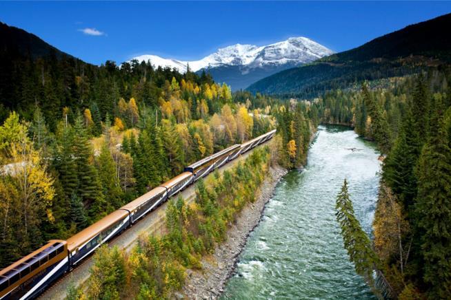 Viaggio in treno Rocky Mountaineer tra Canada e Stati Uniti