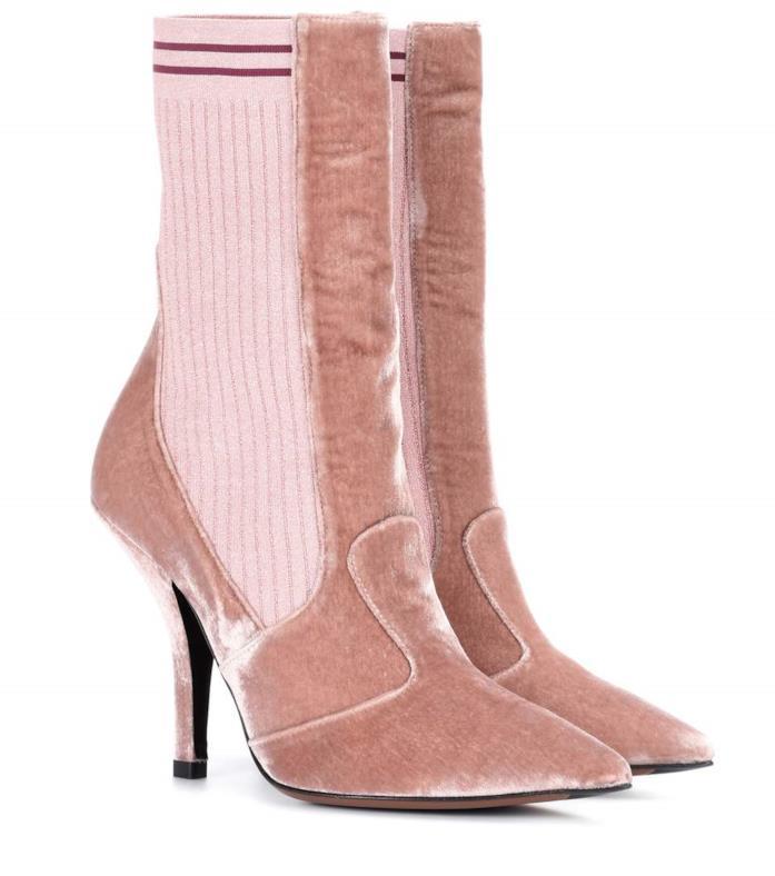 Stivali in pelle della collezione Fendi