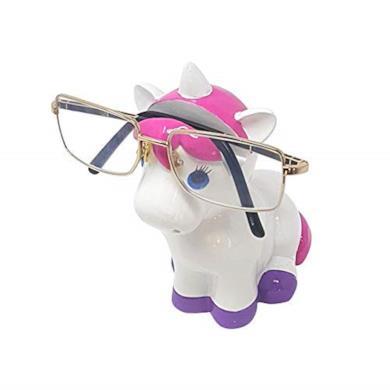 Salvadanaio e porta-occhiali