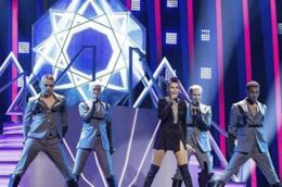 Saara Aalto durante la sua esibizione all'Eurovision Song Contest