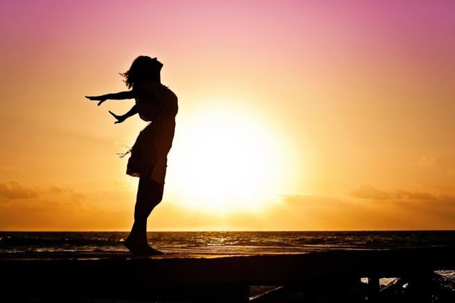 Una donna al tramonto